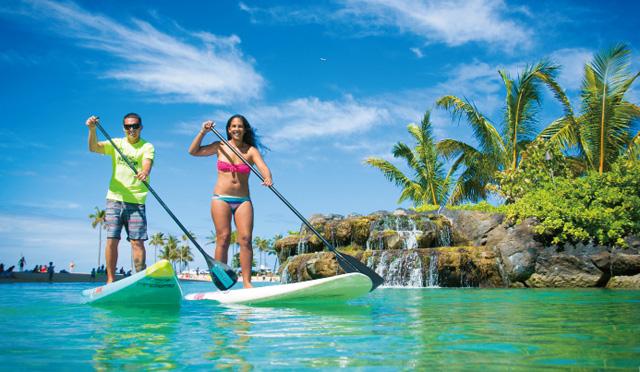 """初めてでも安心!ハワイで一番HOTなスポーツ""""スタンドアップパドル""""にチャレンジ"""