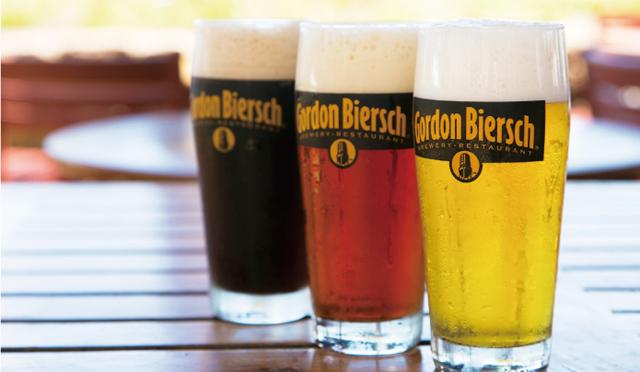 """作りたてはやっぱり美味い!""""生""""の地ビールが堪能できるレストラン4選。"""