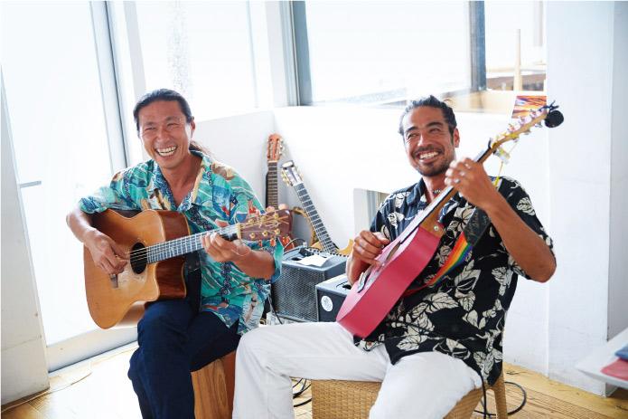 「SIDE-SLIDE」が奏でるハワイアンミュージックで4分間ブレイク