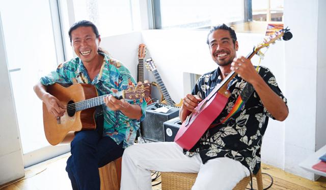 海を感じるアーティスト「SIDE-SLIDE」のハワイアンミュージックで4分間のブレイクを