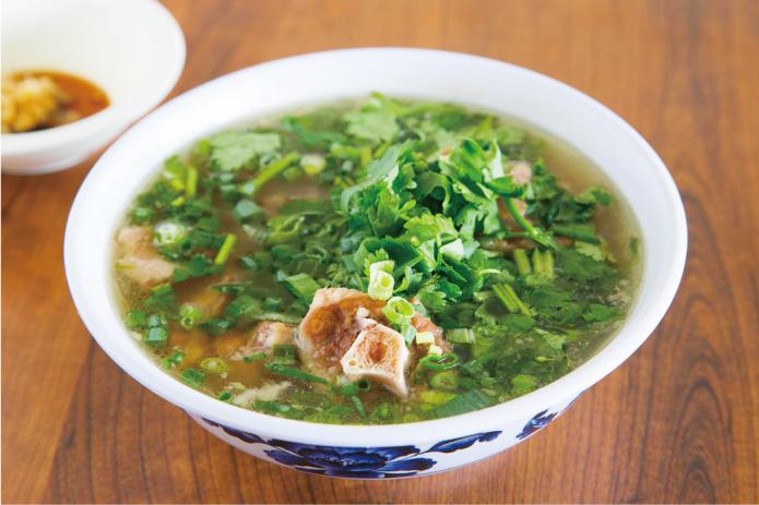 帰国前のお疲れ胃に。オックステールスープの美味しい食べ方。