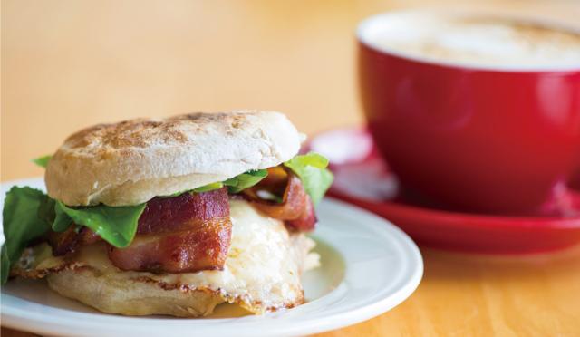 檀拓磨のお気に入り朝ごはんはシンプル&直球のエッグ・マフィン!