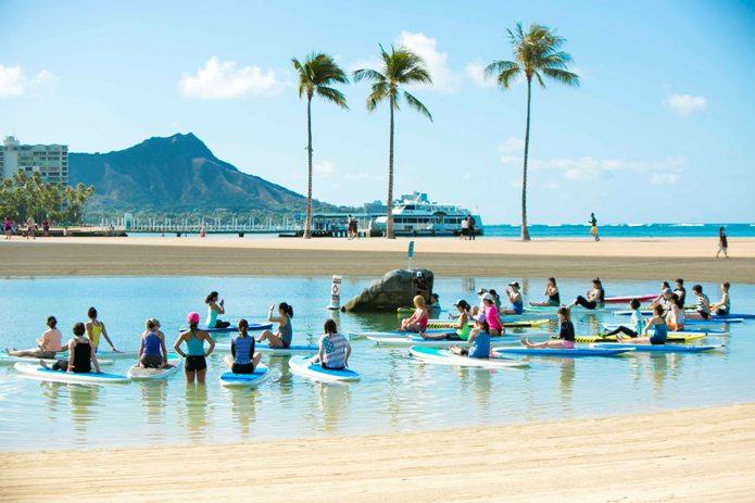 【速報!】ヨガフェスタがハワイに!吉川めいさんが現地レポートしてくれました。