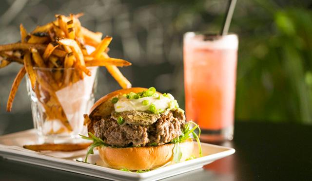 ダウンタウンの新生ガストロパブは○○入り贅沢ハンバーガーを食べるべし!