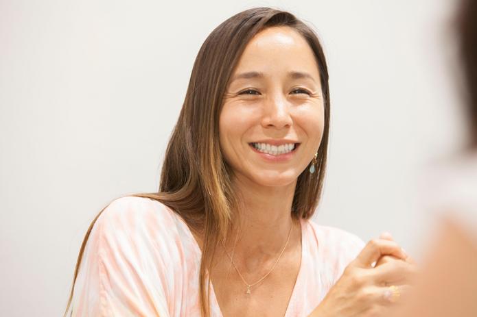 プロデュース・アルバム『Feel the ALOHA』を3名にプレゼント!アンジェラ・磨紀・バーノンが語る、ハワイの魅力