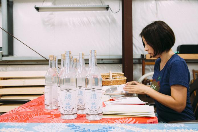 ハワイ産の幻の焼酎、『波花』を飲めるたった2つの手段とは?