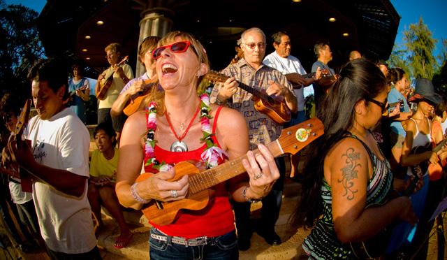 ウクレレミュージックを一日中楽しもう♪ウクレレの祭典「第46 回ウクレレフェスティバル ハワイ」開催!