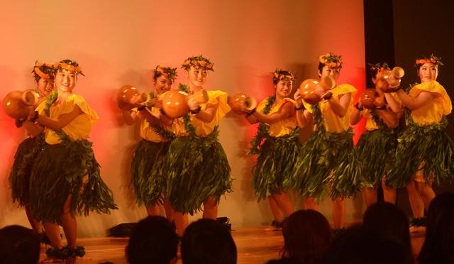 ハワイを感じて過ごすホリデーシーズンの一日。「ロコモコサンセット アロハクリスマス2015」開催近づく!