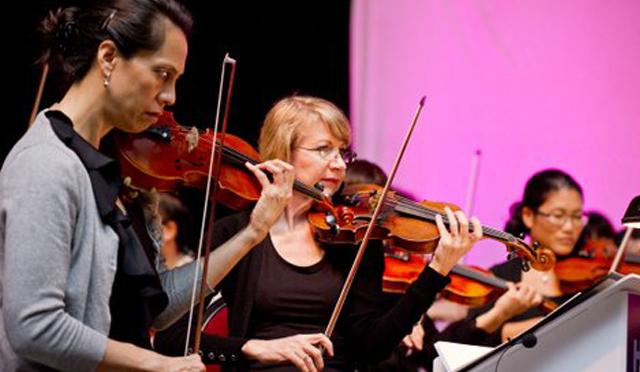 ハワイ州初のポップ・オーケストラのコンサートが開催中!ヒルトン・ハワイアン・ビレッジで『ハワイ・ポップス』を聴こう♪